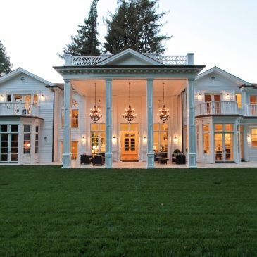"""""""Hamptons by the Bay"""" now on the market"""